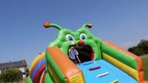caterpillar-assault-course-1