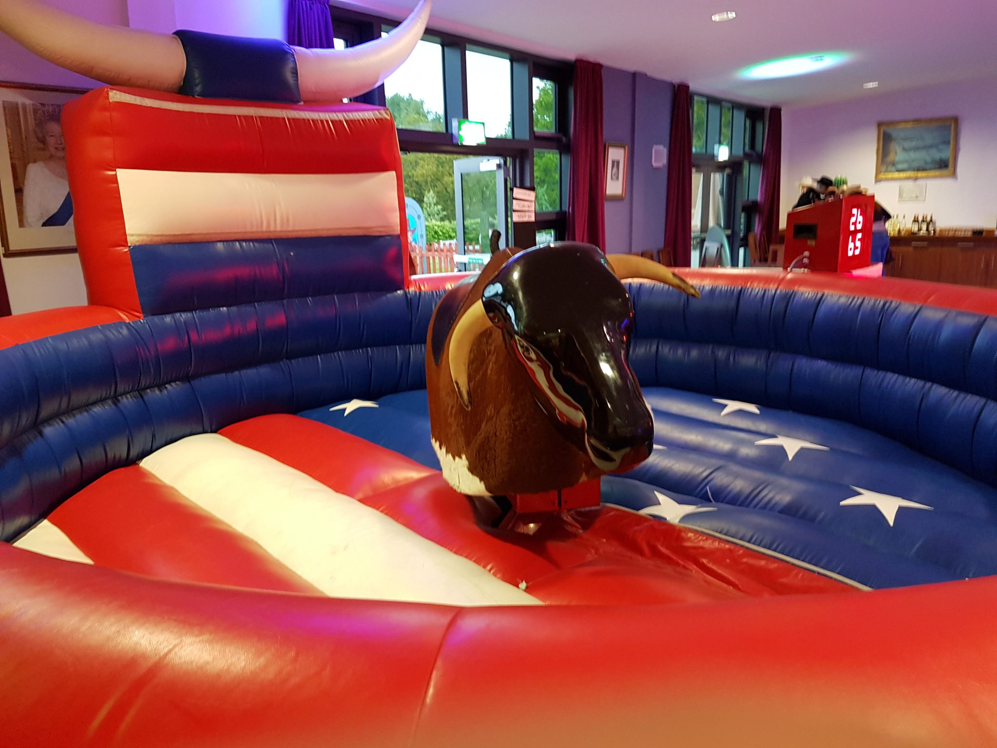 RODEO BULL HIRE - BUCKING BRONCO HIRE BEDFORDSHIRE